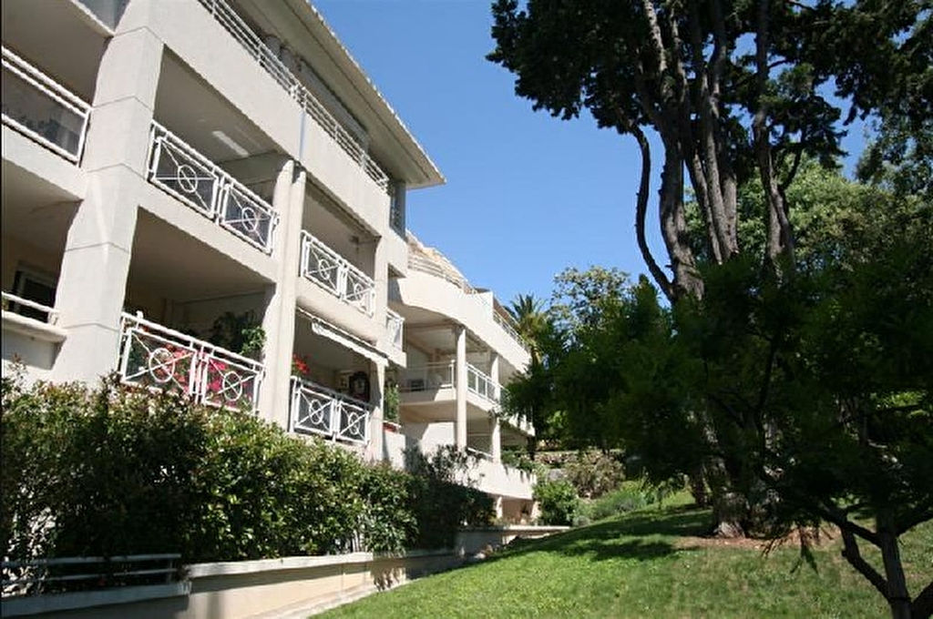 cannes-oxford-appartement-2-pieces-terrasse-parking