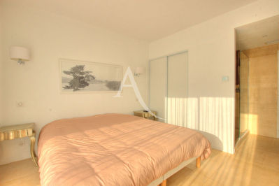 Le Versaille Two Bedrooms