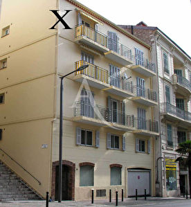 Lot de deux appartements + double garage Cannes banane